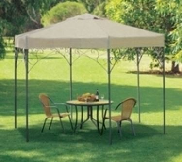 Gazebo in alluminio decorato