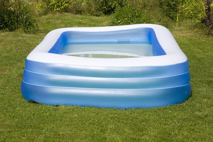 Piscine gonfiabili piscine giardino acquistare piscine for Piscine gonfiabili on line